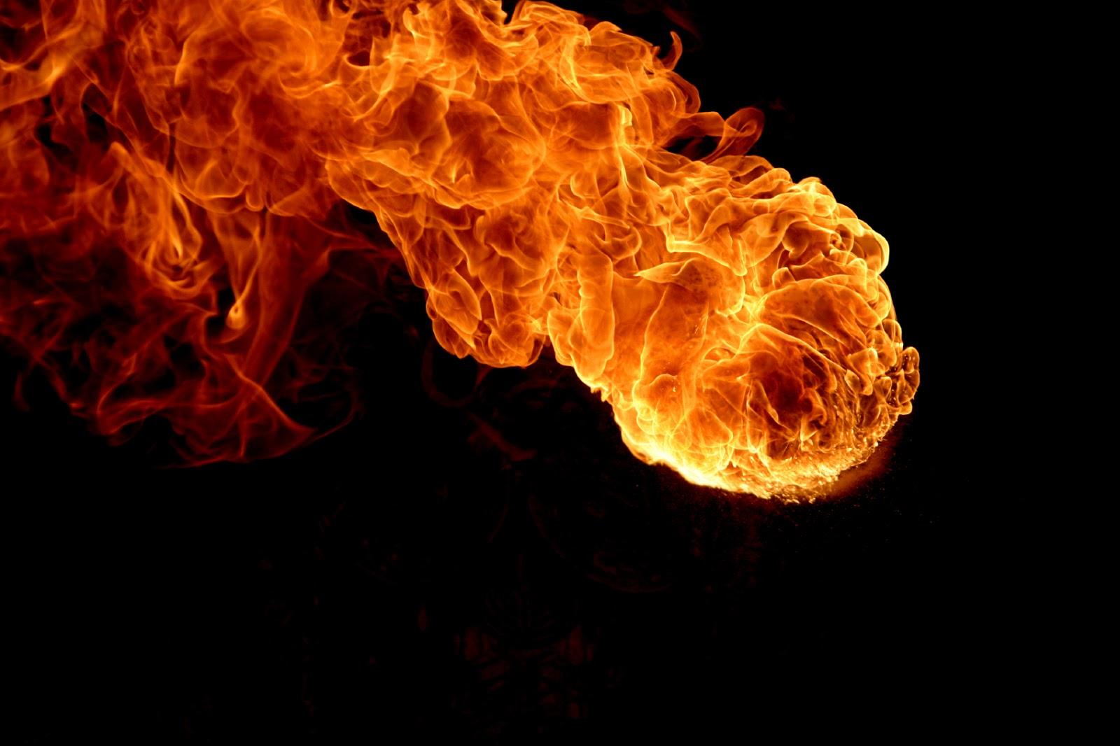 boule de feu wallpaper - photo #37